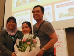Surprised Her Mum During The DXOC Conference, Same Day As Mother's Day